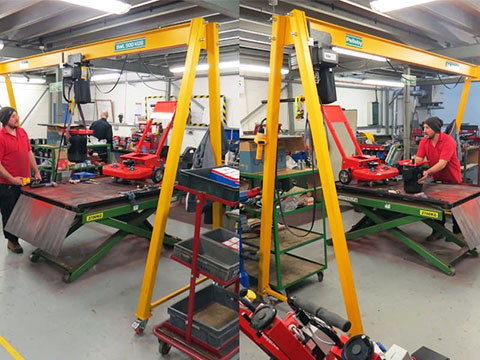 Dafang indoor mobile gantry crane sales