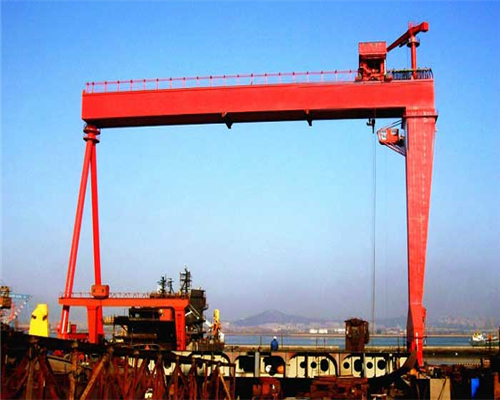 Single girder shipyard gantry crane