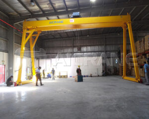 Double Girder Hoist Gantry Crane for Sale
